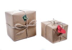 Top Tips for Sending Gift Parcels Home When You're Travelling
