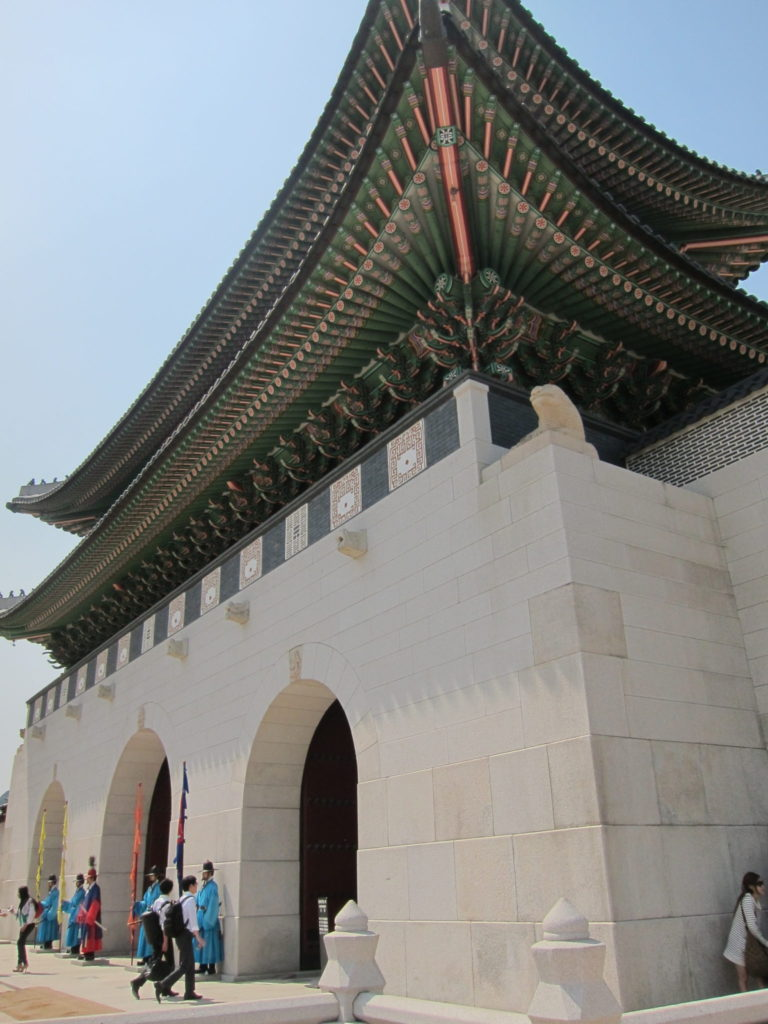 Gyeongbokgung is on my lists of what to do in seoul south korea