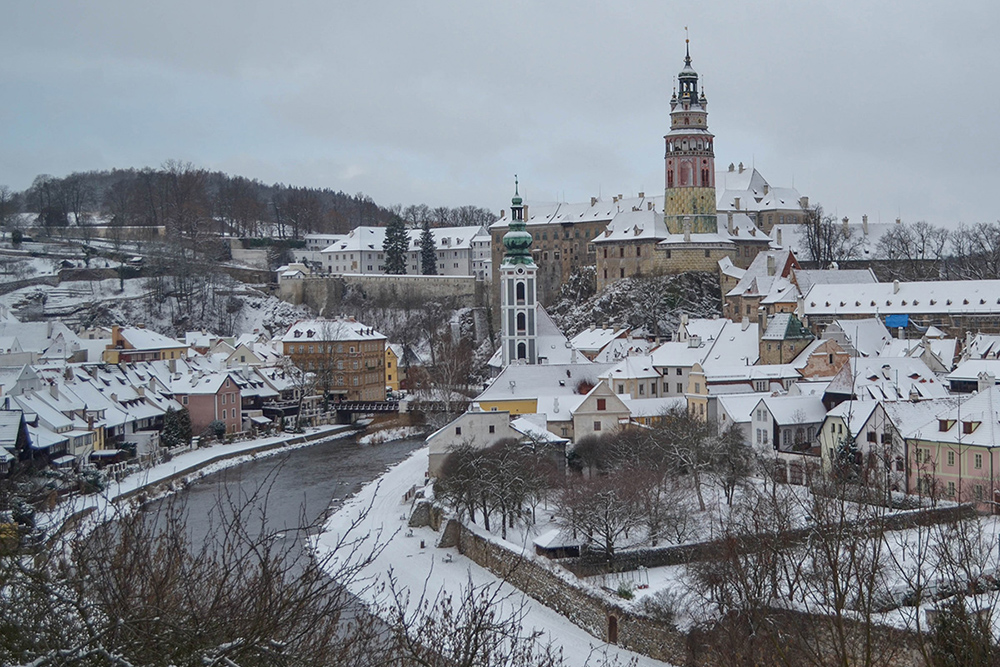Cesky Krumlov fairy tale towns in europe
