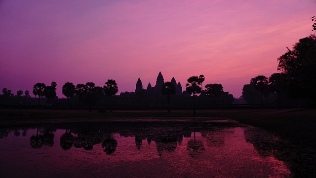 Watching the sunrise at Anghor Wat in Cambodia is one of the top 100 things you should do before you die