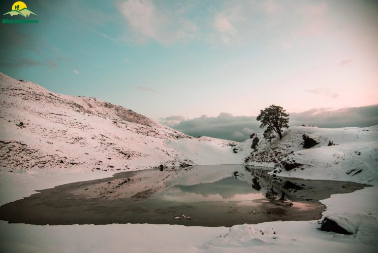 Brahmatal Trek winter india