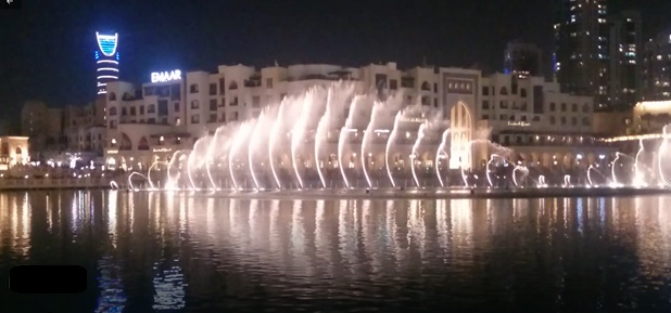 3 days in Dubai Itinerary Mall fountain show