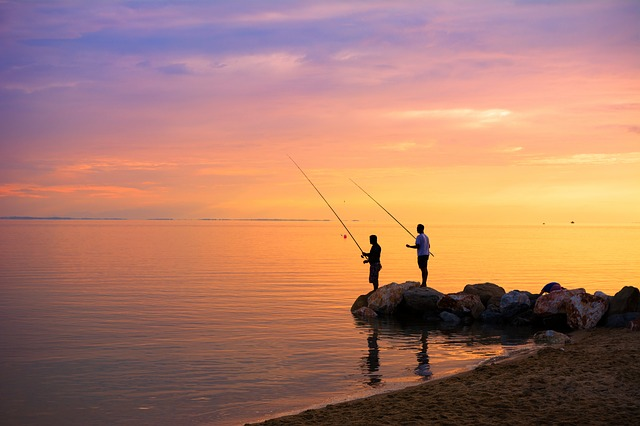 2 men fishing