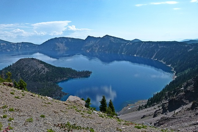 Crater Lake Pacific Northwest bucket list
