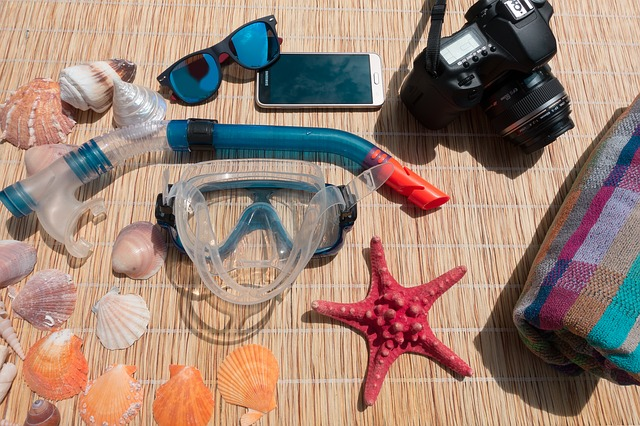 scuba diving and snorkeling packing list