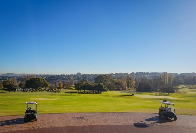 golf travel tips
