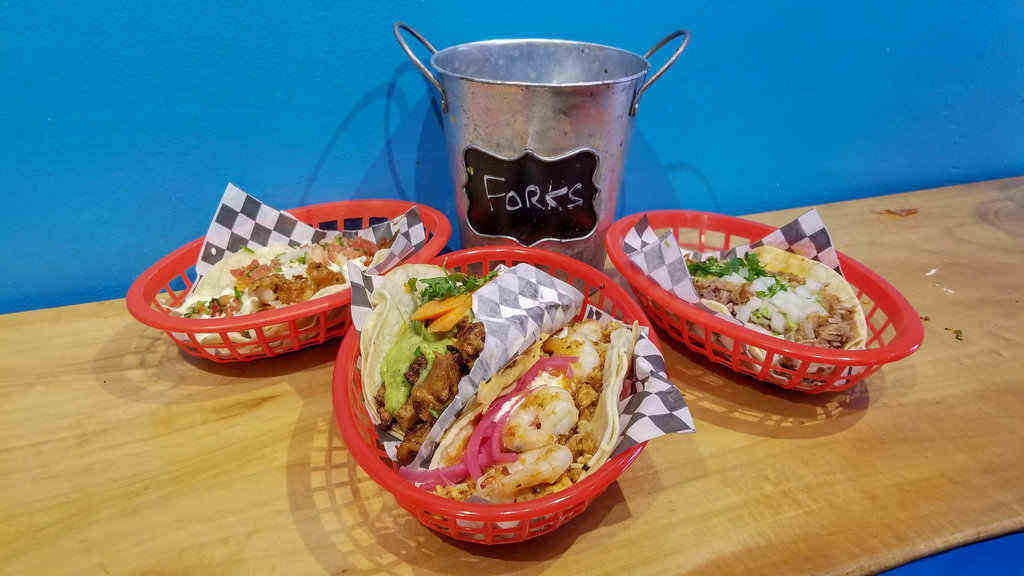 where to eat in Toronto kensington market tacos