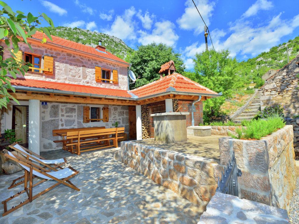 house in Starigrad croatia